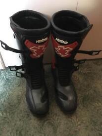 Trials Boots, helmet and pants