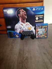 PS4 With extra controller, Fifa 18 and GTA