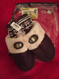 Ladies ugg Slippers size 7 size 8