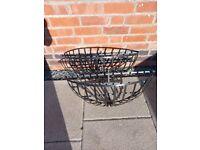 2x hay rack hanging baskets