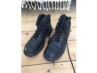 Steel toe cap black work boots uk12