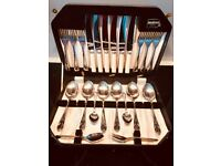 Vintage Retro Viners canteen of Cutlery: 24 pieces, Sheffield steel in canteen