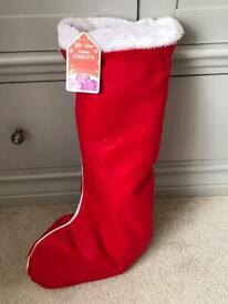 Child's Christmas Stocking pre filled with 13 toys age 3+ BRAND NEW