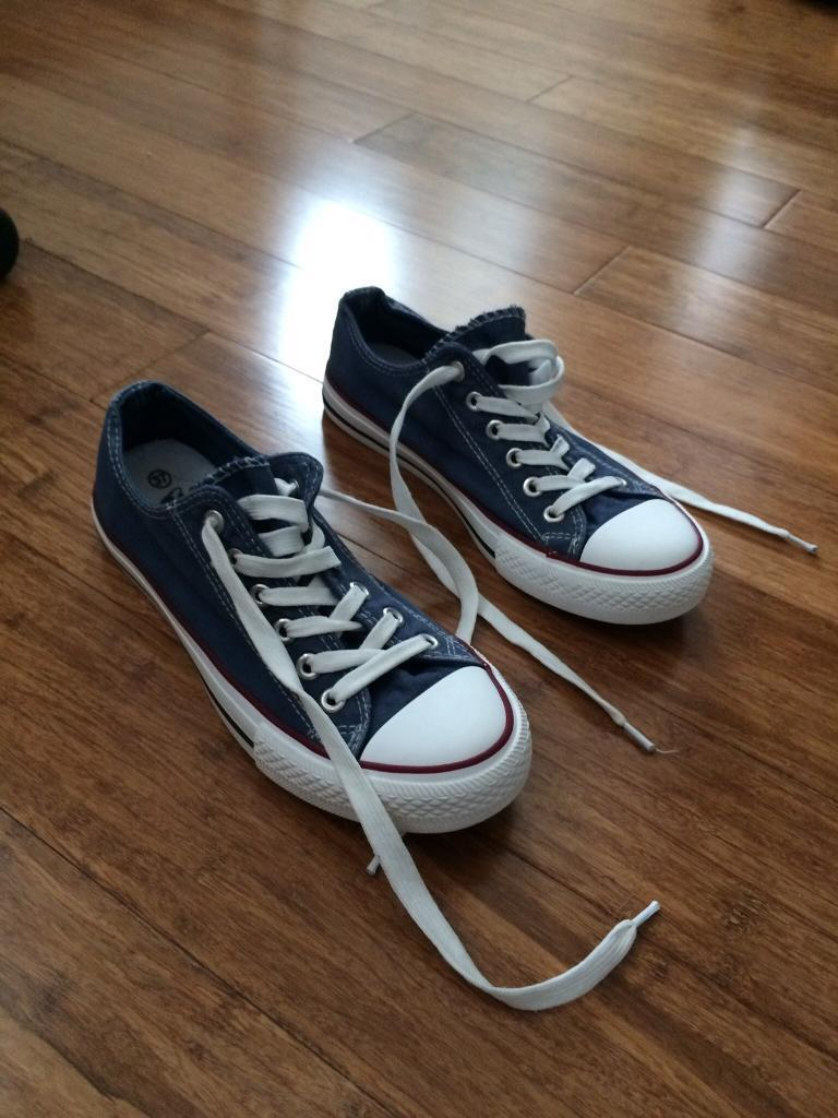 Converse All Star Size 4 UK