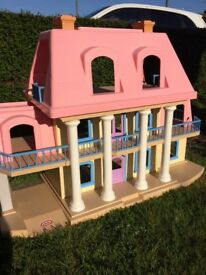 Little Tikes Grand Mansion Dolls House with Furniture