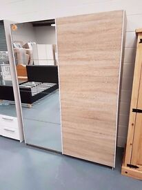 Ex Display Sliding Mirror/Oak Wardrobe. Dimensions: W 150cm x D 60cm x H 195cm. RRP £379.99