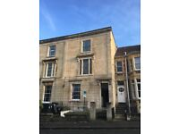 Large 1 bed unfurnished flat in the heart of Cotham, excellent condition