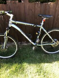 Gary fisher mountain bike with on and off road tyres rrp £2000
