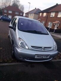 Citreon picasso 2003 1.6 petrol ideal family car long mot £600 OR BEST OFFER !!!!!