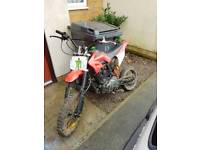 150cc pit bike mint condition needs attention to carb