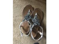 River island sandals size 5