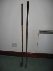 HICKORY GOLF CLUBS FOR SALE IN GOOD CONDITION