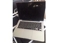 13inch MacBook Pro core i5 2.3ghz 4gb 1tb hdd hardly used perfect battery