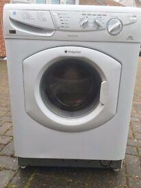 Hotpoint Aquarius Washing Machine - 6KG Capacity - 1400 Spin - White