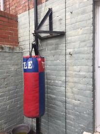 Punch bag with hang