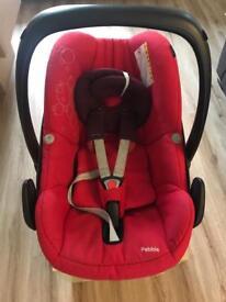 Maxi Cosi Pebble car seat - from birth