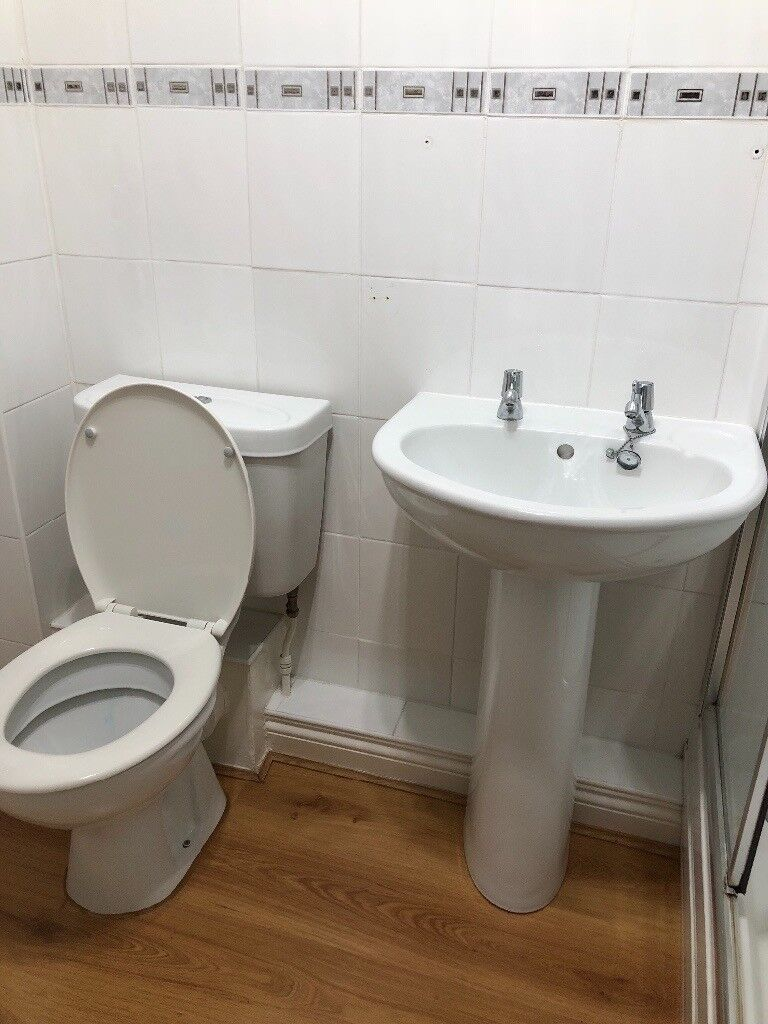 Armitage Shanks Toilet and Sink (no taps)   in Blyth, Northumberland ...