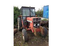 International 585 tractor