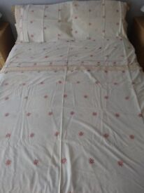 Pink Daisy Double Bed Duvet Cover