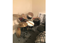 Full Ludwig kit for sale. Excellent condition. 250 or best offer