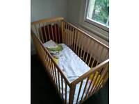 4 months old Baby crib