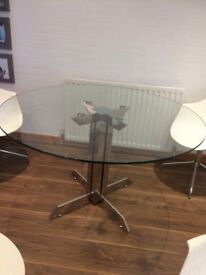 ***MUST GO DINING TABLE GLASS ***