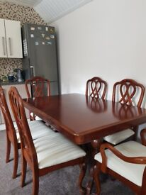 6 seater wooden tabel