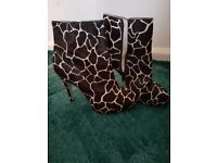 Animal print leather ankle boots (size 5) near new condition