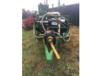 Tractor sprayer