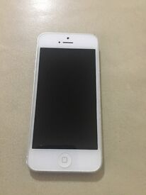 Apple iPhone 5. O2 giffgaff and Tesco. Excellent condition