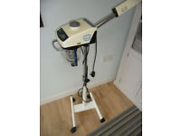 Skinmate facial steamer in good working cond.