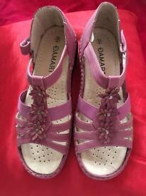 Sandals brand new Damart