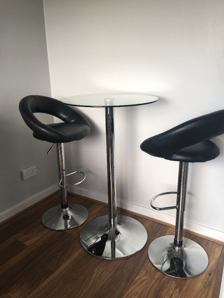 Round Gl Bar Table 2 Stools