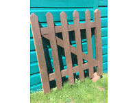 900 x 900 PICKET GATE
