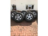 Mitsubishi shogun mk3 alloy wheels with good tyres