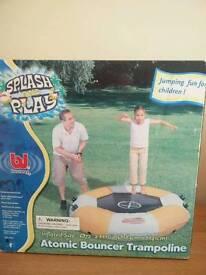 Splash bouncer/trampoline