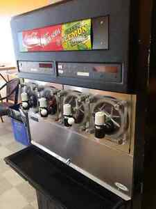 Countertop Ice Maker Edmonton : Kijiji: Free Classifieds in Alberta. Find a job, buy a car, find a ...