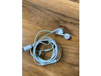 Apple wire headphones - broken