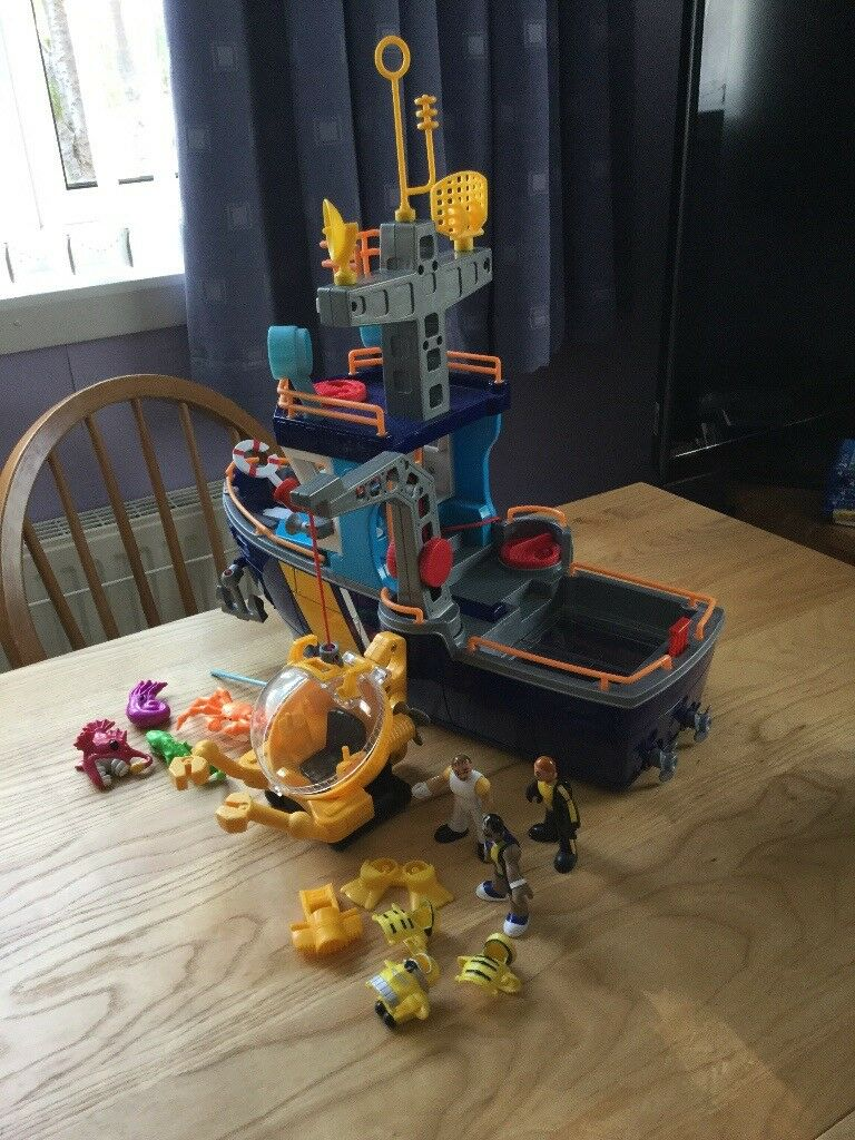 Imaginext Boat
