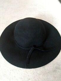 Women's Vintage Black Wool Floppy Hat