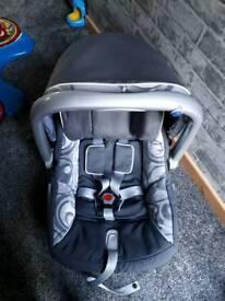 Emmaljunga baby car seat