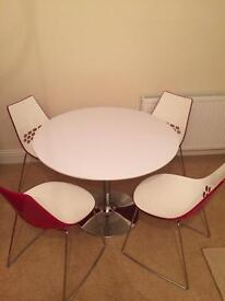 Calligaris Jam chairs and cafe table
