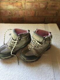 Hi Tec Walking Boots Size 1