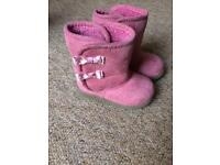 Baby boots UK 3