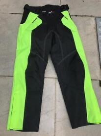Bike trousers small. Excellent condition