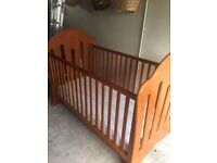 COT BED 'WINNIE THE POOH' HONEY COLOURED PINE
