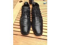Men's Italian leather Roberto Botticelli formal shoes size 9