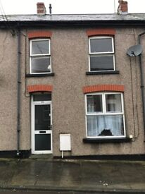 Large 3 Bedroom with double garage included!