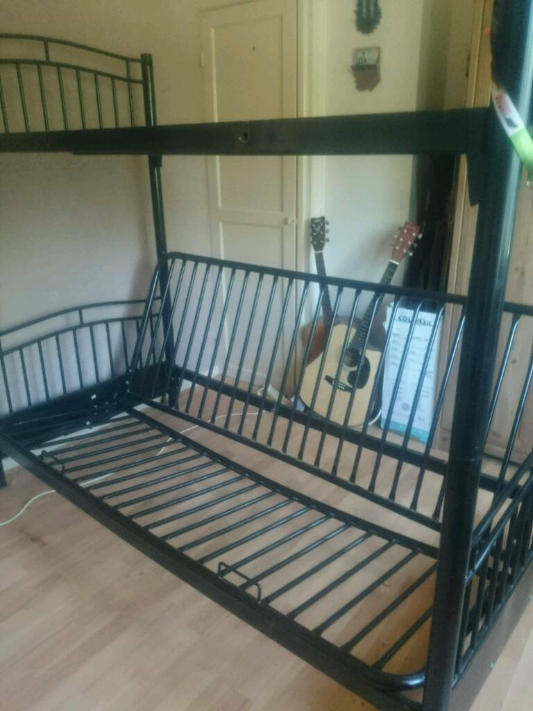 Triple Metal Bunk Bed With Futon Mattress Excellent