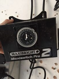 Cheshunt Hydroponics Store - used Maxibright 2 light timer for grow lights